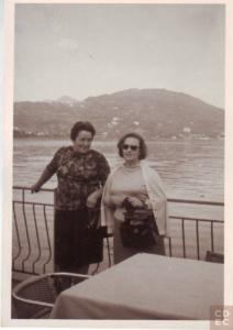 Eloisa con Maria Strola, testimone oculare dell'arresto di una delle famiglie ebraiche uccise dai nazisti sul Lago Maggiore
