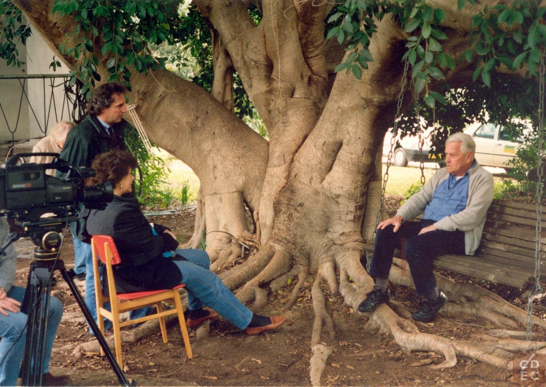 La raccolta di testimonianze orali e la produzione del documentario 'Memoria'